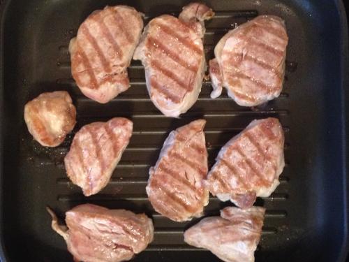 Свиная вырезка на сковороде-гриль
